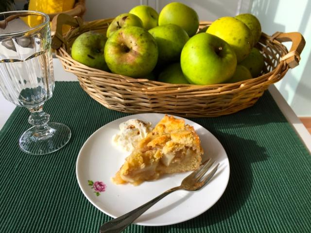 Gebackene Apfeltorte