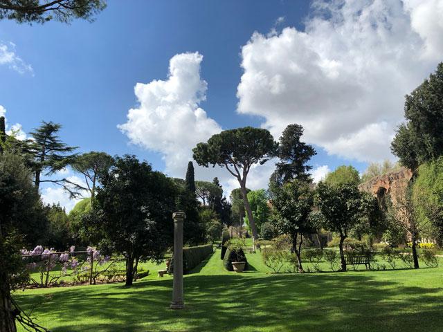 Der Garten der britischen Botschaft in Rom