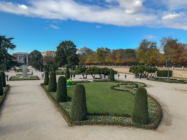 Parks in Madrid - auch hier findet man viele robuste Pflanzen