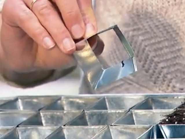 Metall-Pflanzgefäß